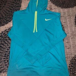 Nike Dri-Fit Thermal Hoodie Size Large